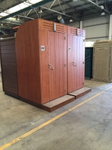 Exterior sanitario madera